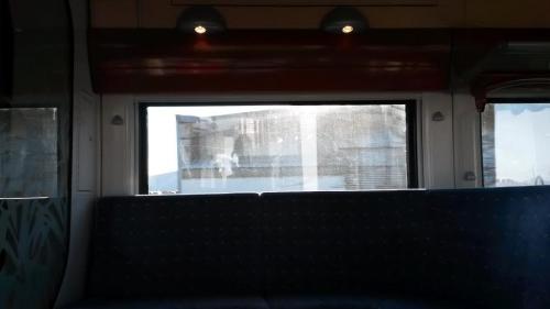 Le train à l'arrêt.jpg